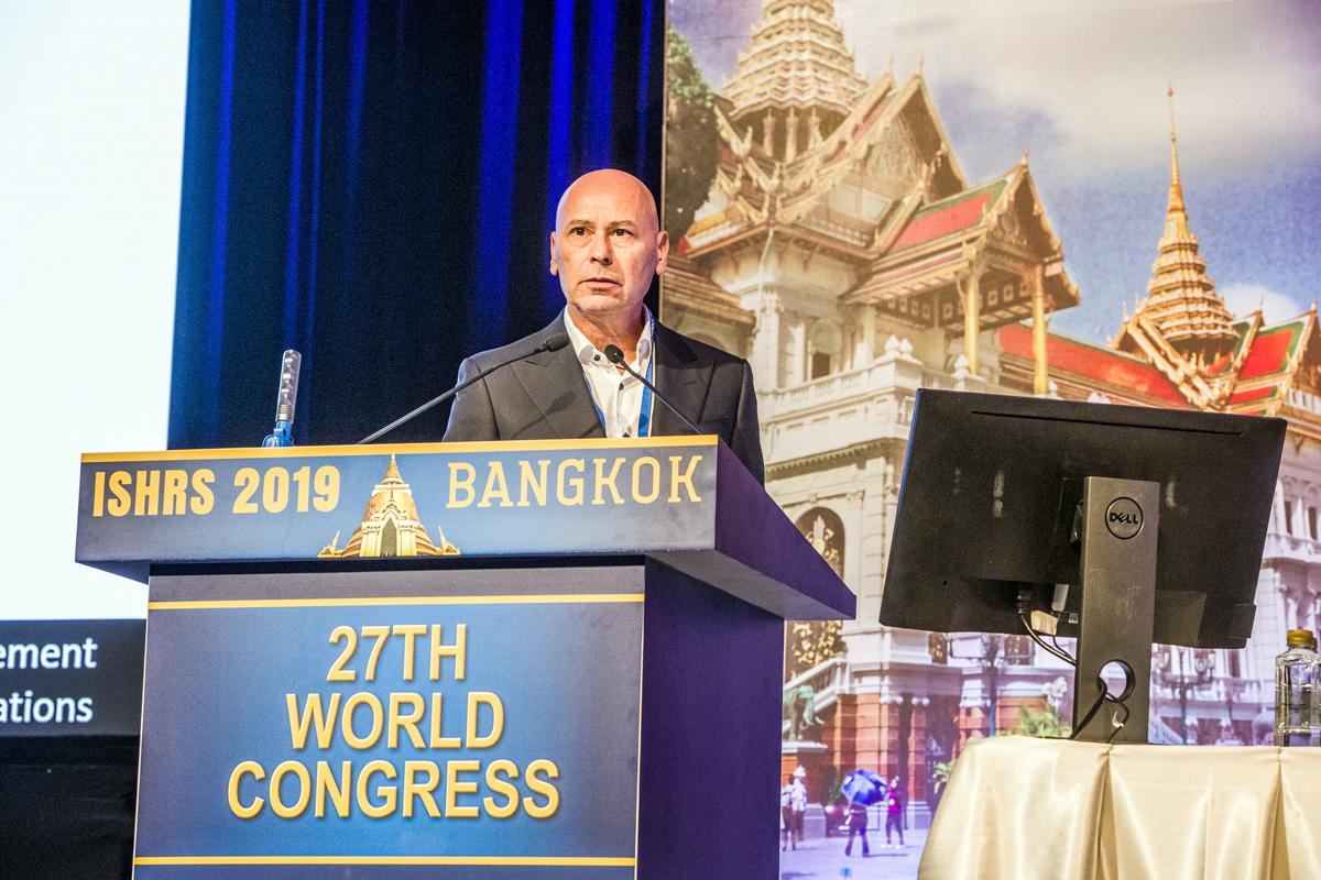 Sikos dr hajbeültetés kongresszuson 2019